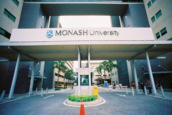 Bachelor of Arts (Honors) – Monash University